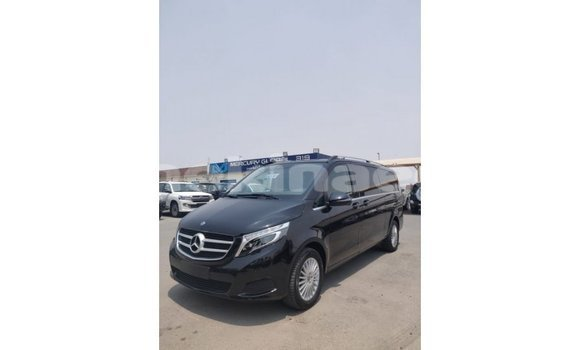 Medium with watermark mercedes benz 190 (w201) anseba import dubai 1020