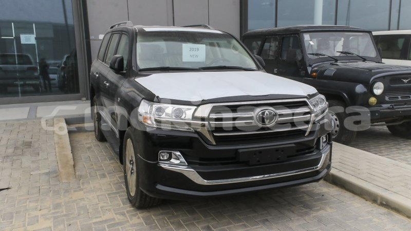Big with watermark toyota land cruiser anseba import dubai 2507
