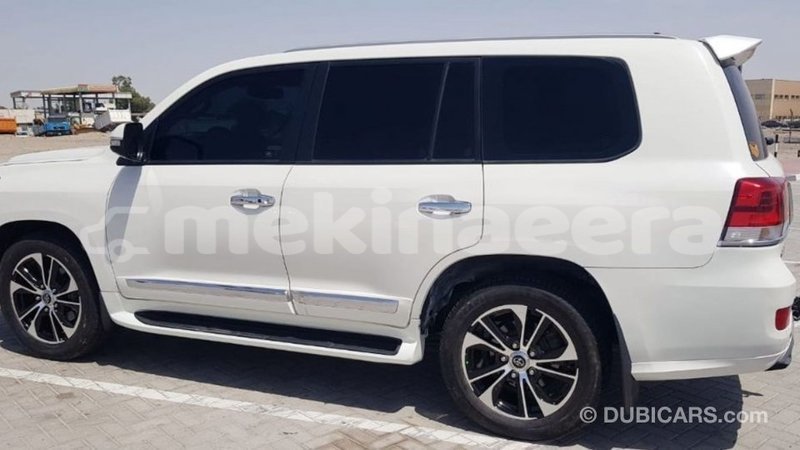 Big with watermark toyota land cruiser anseba import dubai 2699