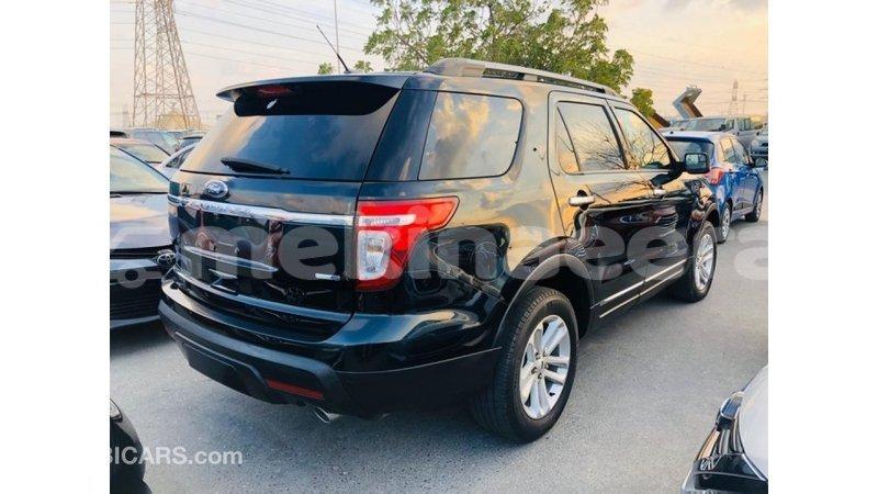 Big with watermark ford explorer anseba import dubai 3620