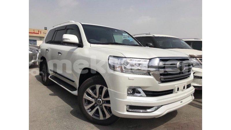 Buy Import Toyota Land Cruiser White Car In Import Dubai